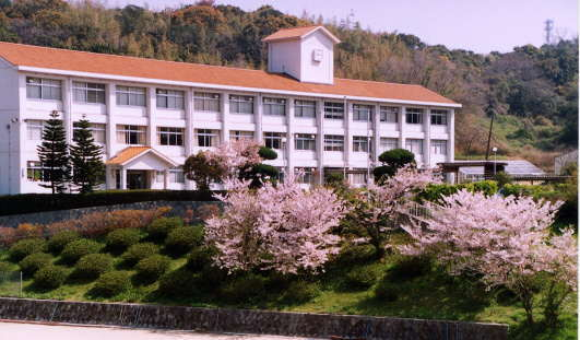 高校 ホームページ 淡路